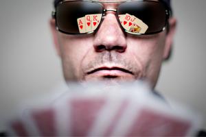 Poker Bluffing